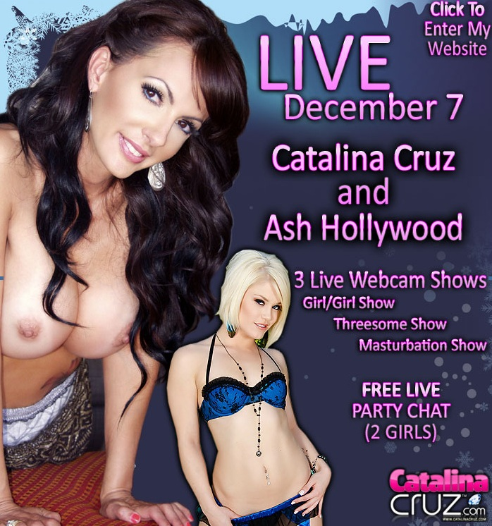 Ash Hollywood Goes Live On Cam
